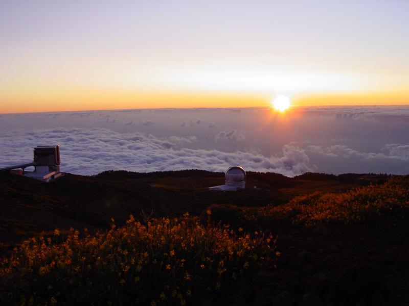 Roque de los Muchachos: GNT, GTC and sunset