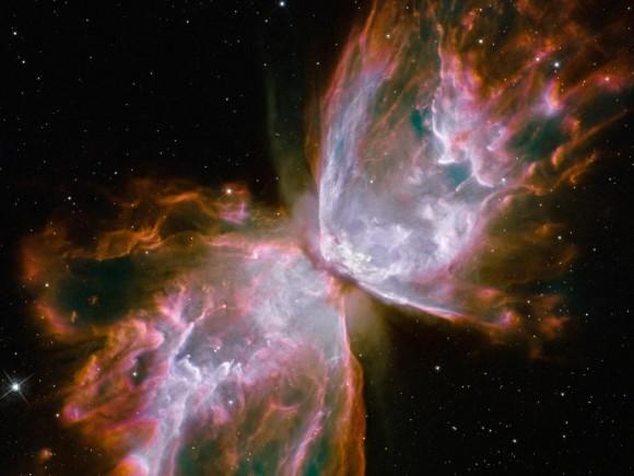 NGC 6302 vu par Hubble