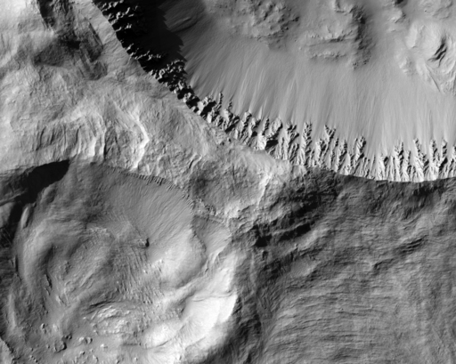 Cratere Gratteri vu par MRO
